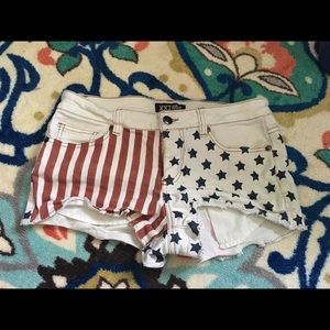 🦄 Patriotic Flag Shorties 🦄